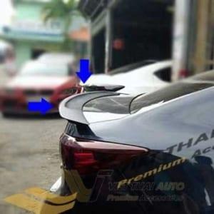 Đuôi Gió Liền Cốp Mazda 2
