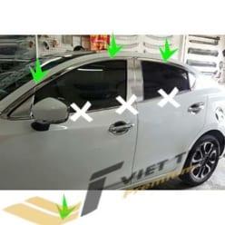Nẹp Viền Cong Kính Mazda 2