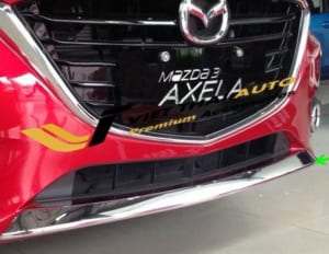 Ốp trang trí gầm trước Mazda 3