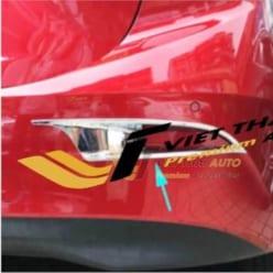 Ốp viền đèn gầm sau Mazda 3