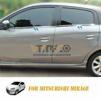 Nẹp Viền Chân Kính Mitsubishi Mirage