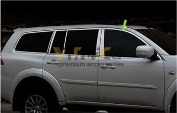 Nẹp Viền Cong Kính Mitsubishi Pajero Sport