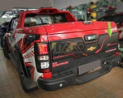 Ốp Trang Trí Thùng Sau Chevrolet Colorado