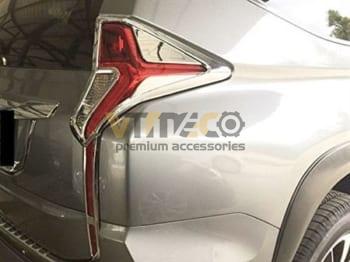 Ốp Viền Đèn Hậu Mitsubishi Pajero Sport