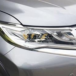 Ốp Viền Đèn Pha Mitsubishi Pajero Sport